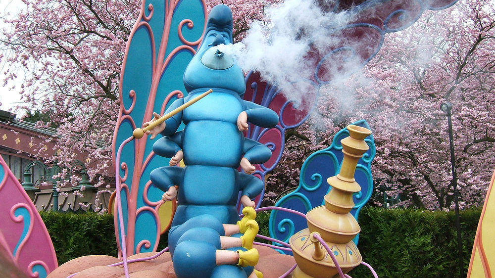 Big-data-research-shows-smoking-hookah-is-a-lot-worse-than-smoking-cigarettes