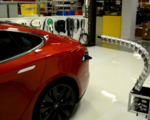 Video robotic tesla snake in action let the strange charging capability commence