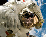 Being in outer space hinders your immune systems effectiveness and wound healing researchers find