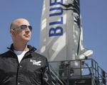 Human tests flights planned blue origin 2017 astronaut flights 2018